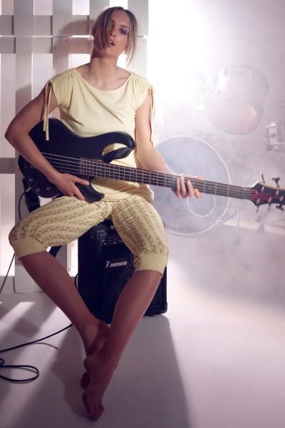 Пижама с туникой и брюками длиной 3/4 »Soft Spot«